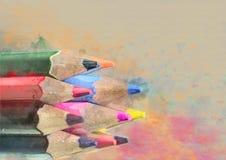 kulöra blyertspennor mörk paper vattenfärgyellow för forntida bakgrund Fotografering för Bildbyråer