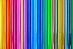 kulöra blyertspennor rows sets Arkivbilder
