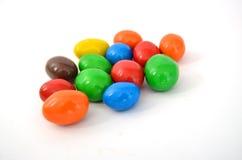 Kulöra chokladjordnötter Fotografering för Bildbyråer