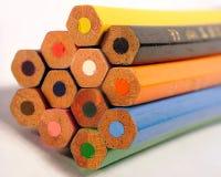 kulöra crayons fotografering för bildbyråer