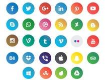 Kulöra moderna sociala massmediasymboler royaltyfria bilder