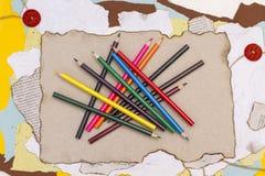 kulöra paper blyertspennor Royaltyfria Bilder