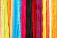 kulöra scarfs Arkivbild