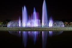 kulöra springbrunnar Royaltyfri Bild