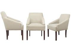 Kulöra stolar på en vit bakgrund fotografering för bildbyråer