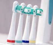 kulöra tandborstar fotografering för bildbyråer