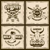 Kulöra tappningemblem för cowboy och för rodeo fyra Vektor Illustrationer
