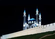 Kul谢里夫清真寺在喀山克里姆林宫在晚上 库存图片