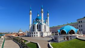Kul Sharif Mosque in Panorama Kasans der Kreml stockbild