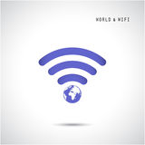 Kula ziemska kształt i wifi znak Zdjęcie Royalty Free