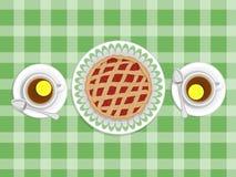 Kulebiak i filiżanki herbata Zdjęcie Royalty Free