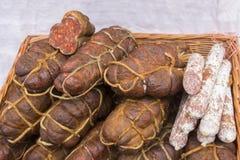 Kulen est saucisse épicée authentique célèbre images stock