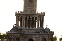 Kulesi do saat da torre do relógio de Izmir no quadrado do konak imagens de stock