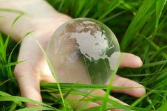 kuli ziemskiej ręka zdjęcia stock