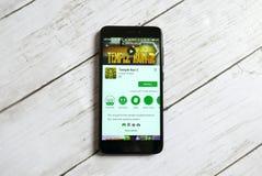 KULIM MALEZJA, KWIECIEŃ, - 11TH, 2018: Świątynia Biega 2 zastosowanie na androidu Google sztuki sklepie Zdjęcia Stock