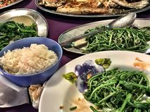 Kulinarische asiatische Freude in Kuching, Borneo Stockfotografie