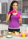 Kulinarna kobieta w kuchni Obraz Stock