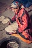 Kulinarna kobieta w Tajikistan Fotografia Stock