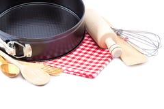 Kulinarni naczynia dla piec na białym tle Obrazy Royalty Free