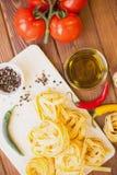 Kulinarni składniki na drewnianym stole Zdjęcie Stock