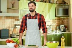 kulinarny domowy kuchenny mężczyzna Obraz Royalty Free