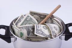 Kulinarny garnek dolary pełno Fotografia Royalty Free