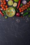 Kulinarny gorącego kumberlandu pojęcie Wybór warzywa, owoc, ziele i pikantność dla robić, salsa kumberlandowi i innym kumberlando zdjęcie royalty free