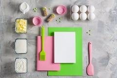 Kulinarny pieczenie dla dzieciaka mieszkania nieatutowego tła Zdjęcie Stock