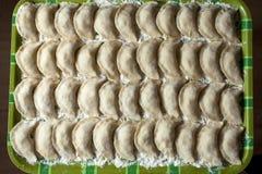 Kulinarny Rosyjski varenyky z wiśniami Zdjęcie Stock