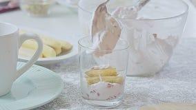 Kulinarny truskawki tiramisu zdjęcie wideo