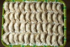 Kulinarny ukraiński varenyky z wiśniami Zdjęcia Stock