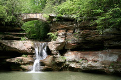 kullar som hocking vattenfallet Royaltyfri Foto