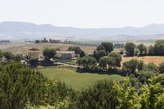 Kullar som omger område för Val D `-orcia i Tuscany Arkivbild