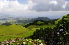 Kullarna av den SaoMiguel ön, Azores, Arkivfoto