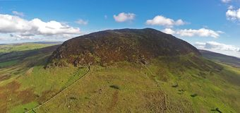 Kulle Co för Slemish Mpintain St Patrick ` s Nordliga Antrim - Irland Arkivbilder