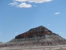 Kulle i målad öken Arkivfoton