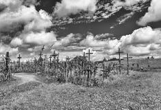 Kullen av kors, KryziÅ ³ Kalnas som lokaliseras 12 kilometer norr Royaltyfria Foton