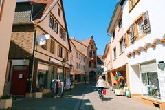 Kullerstengator i Tyskland royaltyfri foto