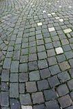 Kullerstentrottoar som göras av kubikstenar 1 Royaltyfri Bild