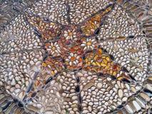 Kullerstentrottoarmosaik Färgrik modell, slut upp bakgrund Royaltyfri Foto