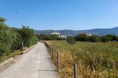 Kulleväg av Kroatien i sommar royaltyfria foton