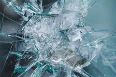 Kuloodpornego szkła tło, bullethole od pocisków, pęka obraz royalty free
