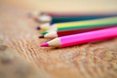 kulöra mång- blyertspennor Fotografering för Bildbyråer