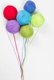 Kulört woolen en tråd n formen av ballonger Royaltyfria Bilder
