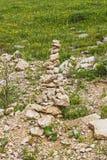Kultów kamienie kłaść w górach na terytorium Zolsky okręg, Kabardino-Balkar republika, Rosja Obraz Royalty Free