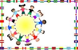 Kulturelle Kinder mit Markierungsfahnen vektor abbildung