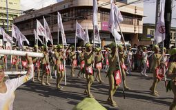 Kulturelle Tanz-Parade Buglasan-Festival-2014 Stockfotos