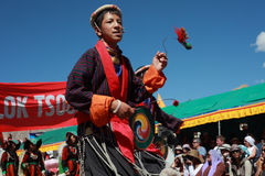 Kulturelles procesion während des Ladakh Festivals Lizenzfreie Stockfotos