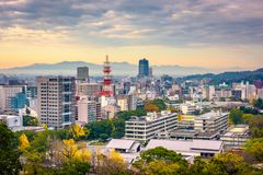 Kumamoto stad, Japan horisont Arkivfoton