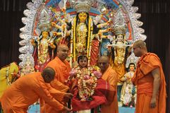 Kumari Puja dans des maths de Belur Photo libre de droits